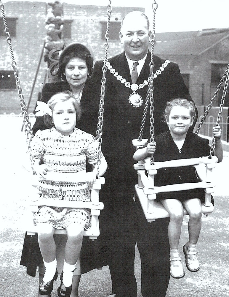 Alf Kemp and family